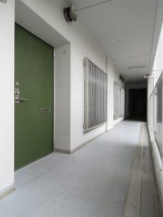 ファミリータウン東陽 共用廊下