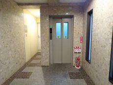 入谷アムフラット エレベーター
