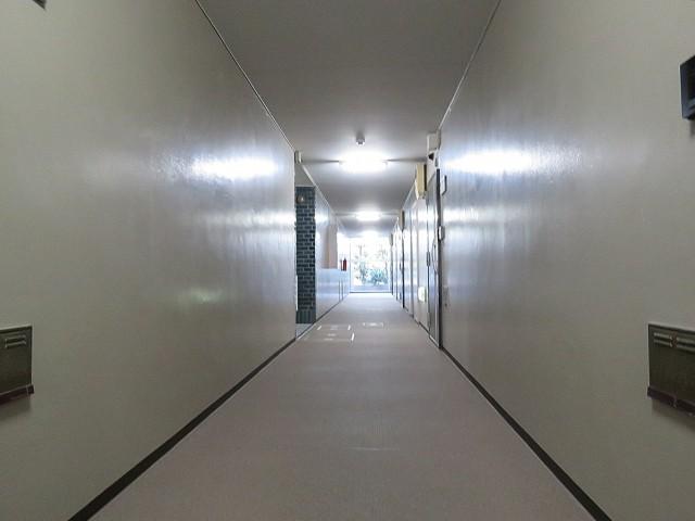 藤和用賀コープ 共用廊下