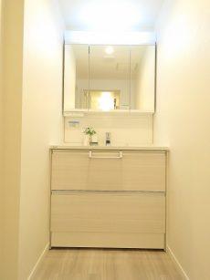 新中野マンション 洗面化粧台