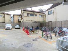 新中野マンション 駐車場