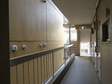 御苑フラワーマンション 共用廊下