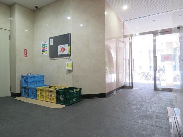 御苑フラワーマンション エントランスホール
