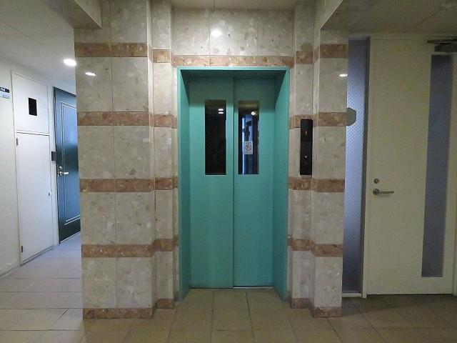 マートルコート自由が丘Ⅱ エレベーター