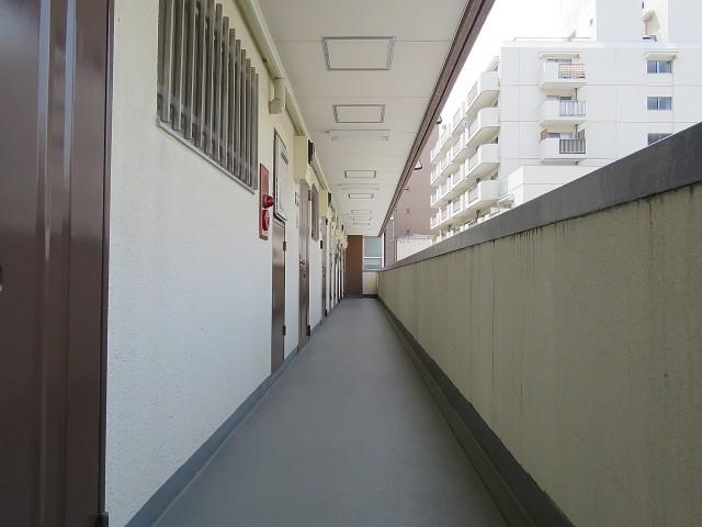 セブンスターマンション西五反田 共用廊下