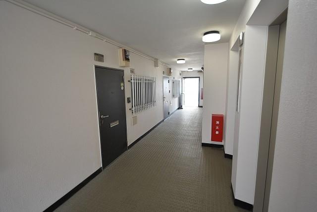松見坂武蔵野マンション 廊下