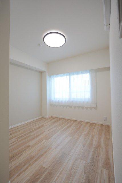 クレセントマンション 洋室1