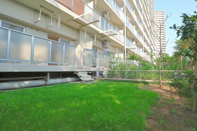 多摩川芙蓉ハイツ 専用庭
