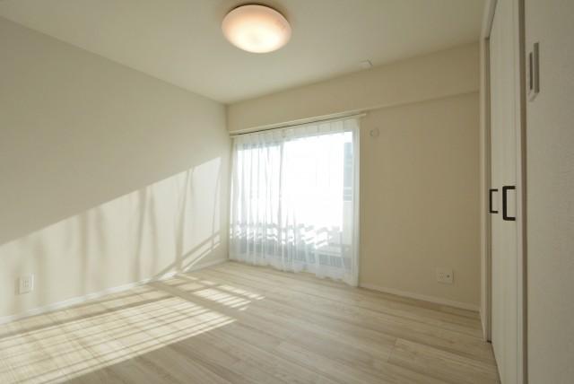 松見坂武蔵野マンション 洋室2