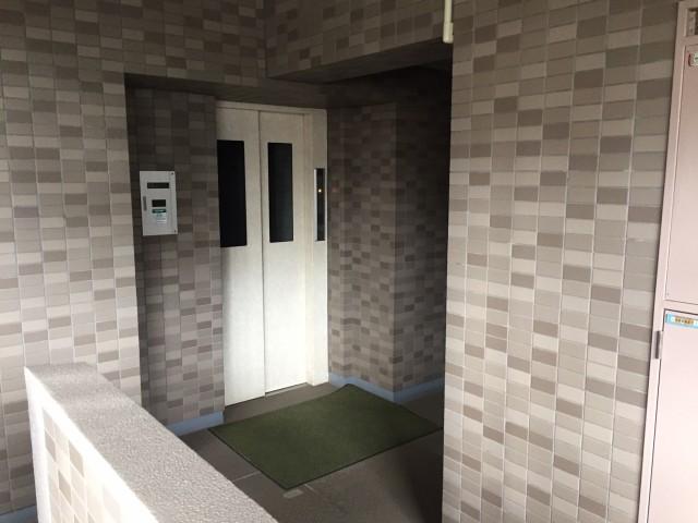 アールヴェール碑文谷  1Fエレベーターホール