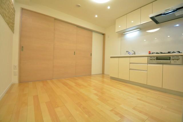 ライオンズマンション学芸大学 約7.4畳のダイニングキッチン