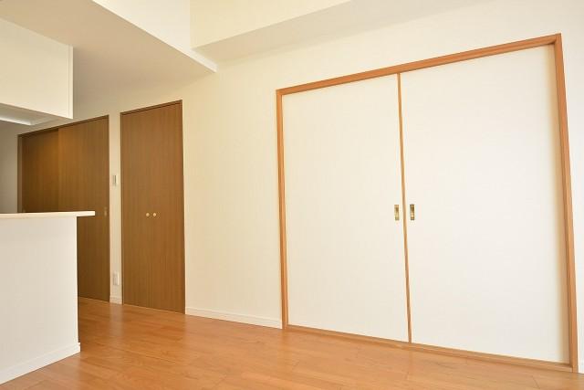 洋室と和室の扉