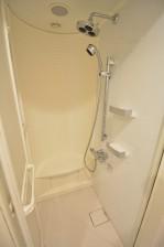 クローバー六本木 シャワー室001
