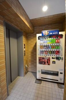 クローバー六本木 エレベーター