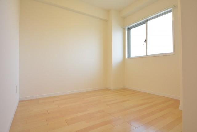 ライオンズマンション学芸大学 約3.8畳の洋室