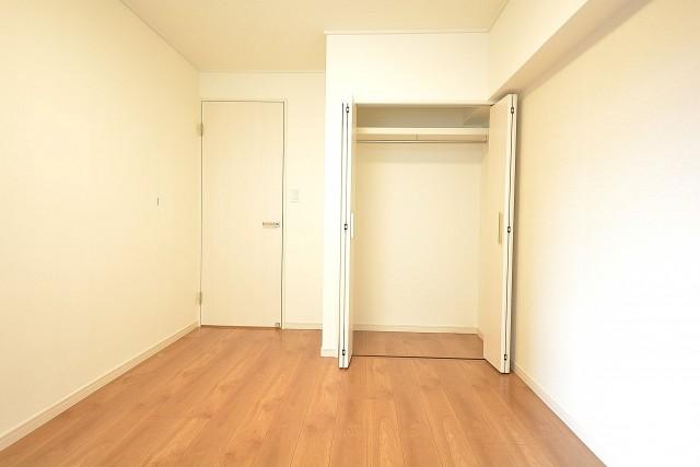 約6.0畳の洋室のクローゼット