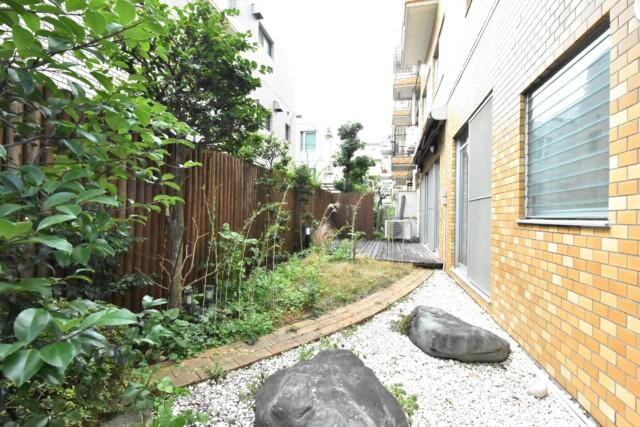 第2経堂シティハウス 専用庭