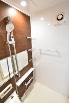 薬王寺ニューハイツ 浴室