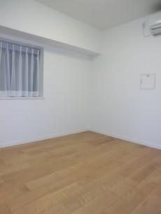 薬王寺ニューハイツ 約5.2帖の洋室