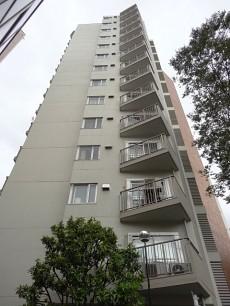 明大前グランドハイツ 総世帯数102戸の大規模マンション