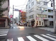 飯田橋第1パークファミリア 新小川町交差点