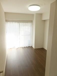 ライオンズマンション東麻布 洋室約5.8帖