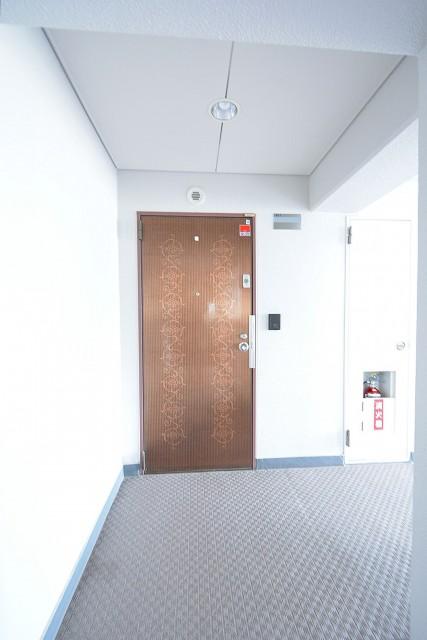 GSハイム都立大 玄関ドア