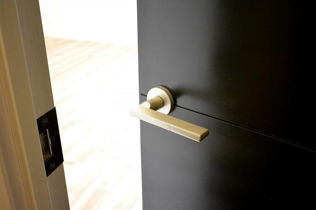 GSハイム都立大 9.0帖洋室ドア
