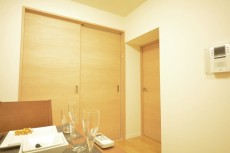 ライオンズマンション赤堤第2 洋室の扉