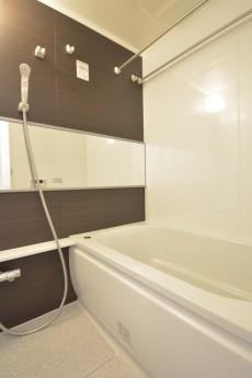 明大前グランドハイツ 浴室乾燥機と追い焚き機能付きバス
