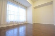 明大前グランドハイツ 約4.9畳の洋室