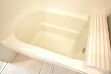 飯田橋第1パークファミリア 追い焚き機能と浴室乾燥機付きバスルーム