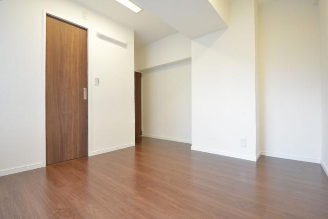 マンション都立大 約7.0畳の洋室