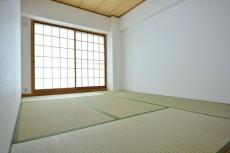 約6畳の和室