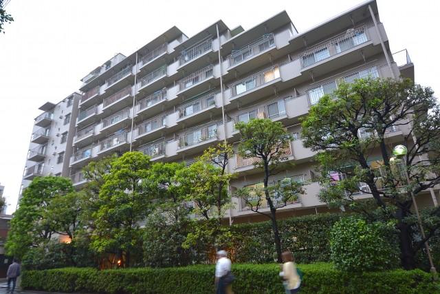 飯田橋第1パークファミリアは総世帯数180戸