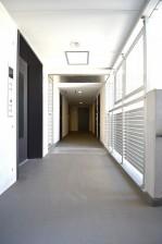 リシェ五反田スカイビュー お部屋の前の廊下