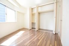 藤和三田コープⅡ 洋室約6.2帖クローゼット