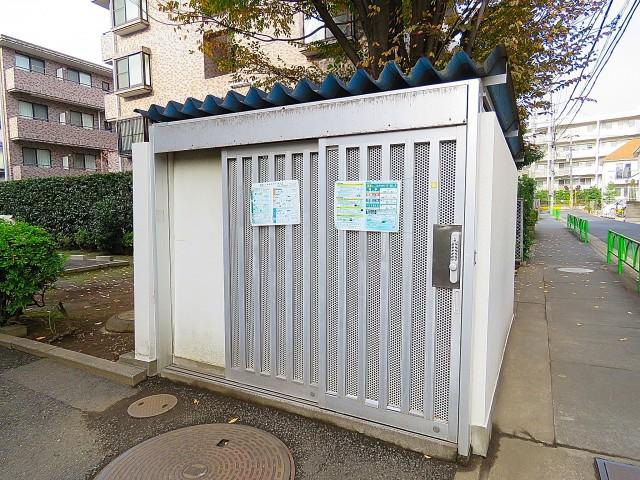 二子玉川ロイヤルマンション ゴミ置き場
