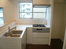 青山アジアマンション キッチン