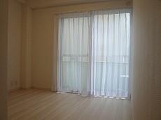 ライオンズマンショングリーン白金 洋室約6.0帖