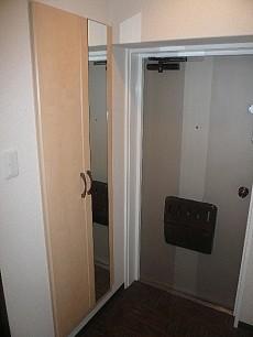 コープ野村六本木Ⅱ トールサイズの玄関収納