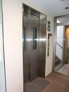 ダイアパレス高円寺 エレベーター