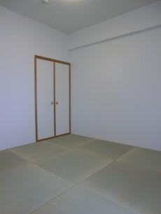 約4.5帖 琉球畳の和室