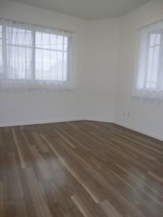 ヴィラグレイス西落合 約6.3帖の洋室