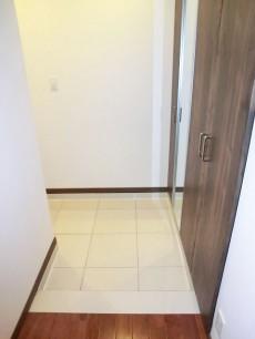 第23宮庭マンション L字型の広い玄関