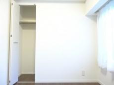 田町スカイハイツ 約4.0畳の洋室のクローゼット101