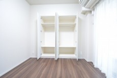 約5.0畳の洋室のクローゼット