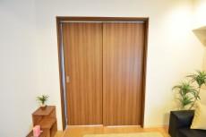 田町スカイハイツ 洋室の扉708