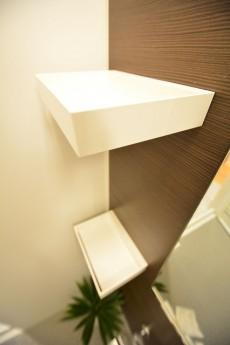 田町スカイハイツ 追い焚きと浴室乾燥機能付きのバスルーム708