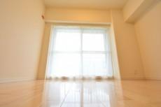 田町スカイハイツ 約4.5畳の洋室708